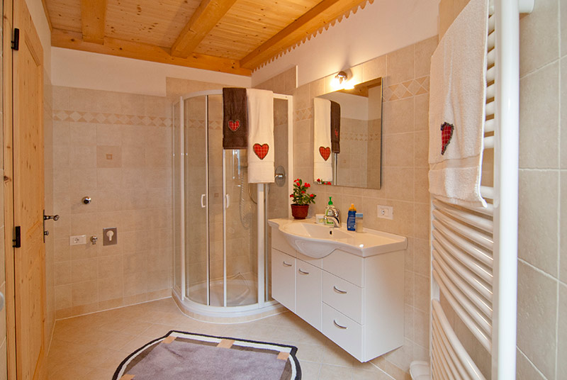 Pedracia appartamento pavel - Porta asciugamani bidet ...